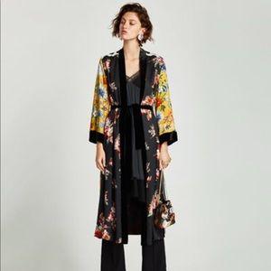 Contrasting patchwork kimono